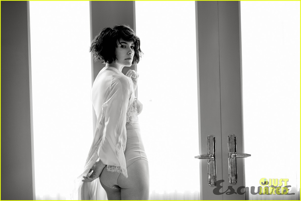 Evangeline Lilly Esquire Diciembre 2014