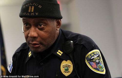 capitan de policia de gay