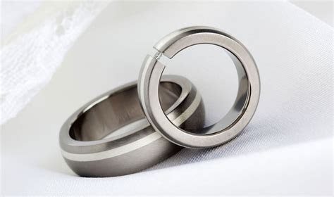 Wedding rings with engraved: Mens gay wedding rings