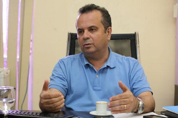 Rogério Marinho, ex-vereador, deputado federal e secretário de desenvolvimento econômico, assumiu a vice presidência administrativa e financeira do ABC, para ajudar na ausência de Rubens Guilherme