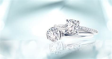 Modern engagement rings for today's woman   Ritani