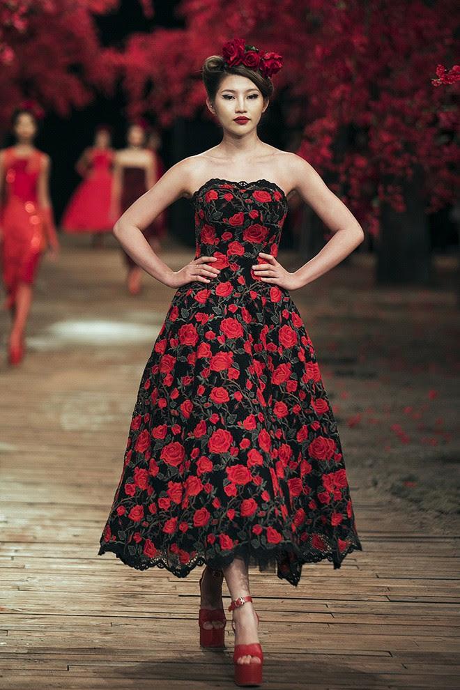 Đến tận ngày cuối cùng của năm 2017, Hoa hậu Kỳ Duyên vẫn phá đảo show diễn của NTK Đỗ Mạnh Cường - Ảnh 19.