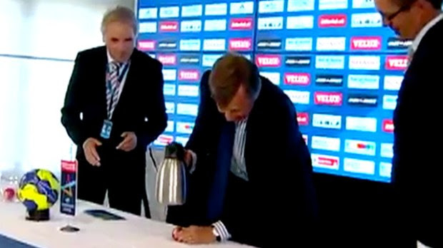 The draw for the Handball Champions League semi finals is interrupted