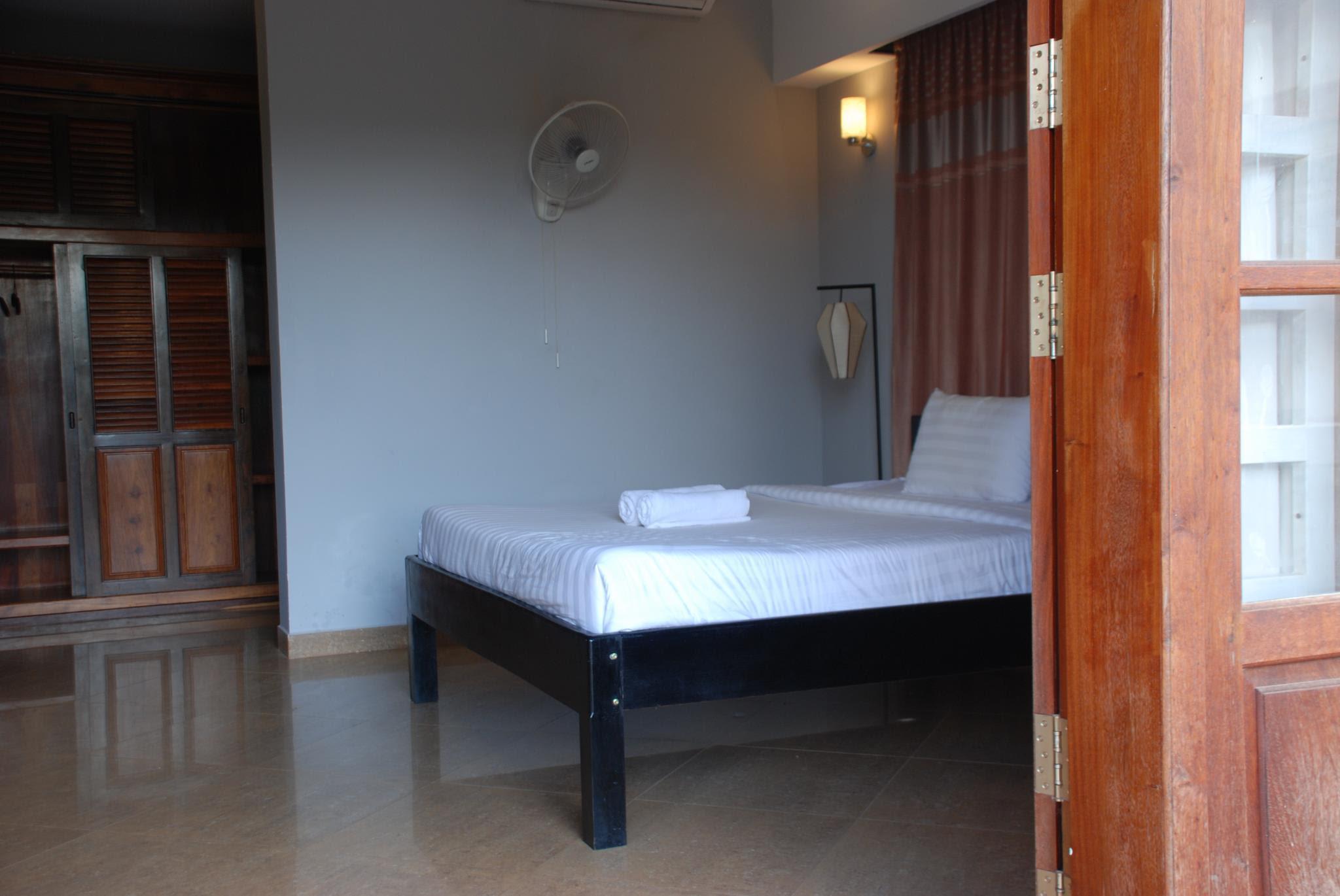 Discount White Lotus Resort