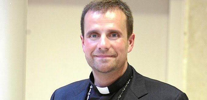 Mons. Novell: «Que nadie dude que continuaré presentando sin miedo la visión cristiana sobre la persona»