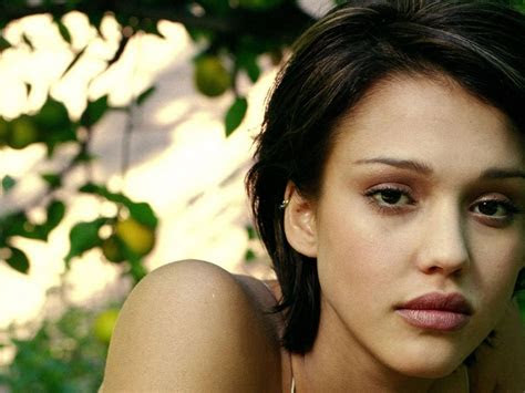 jessica alba short hair  wallpapers