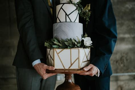 2019 Wedding Cake Trends, Cheese, Texture, Flowers
