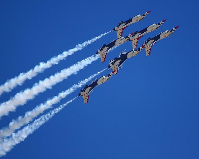 IMG_3352 Thunderbirds, Travis AFB Air Show