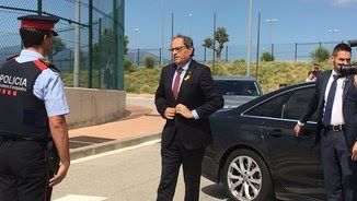 El president Quim Torra arriba a la presó de Puig de les Basses, a Figueres