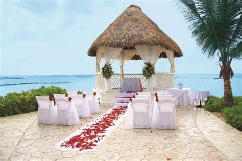 Destination Wedding Trend Report   Planning   Best