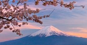 Gambar Pemandangan Gunung Real