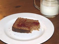 Mmmm toast by Teckelcar
