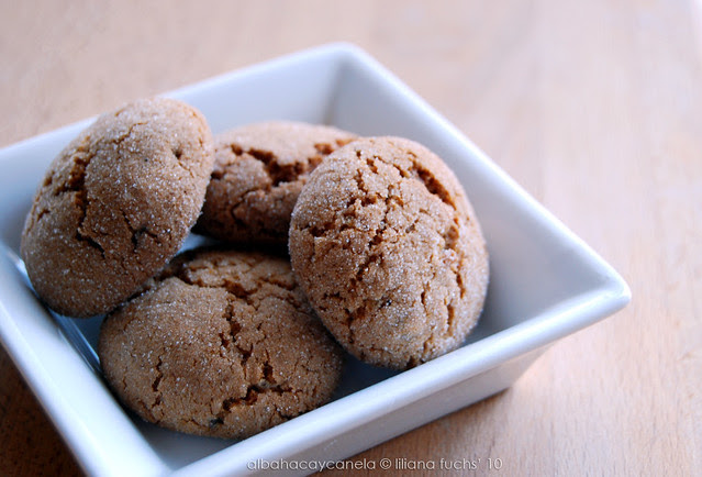 Ginger crackles