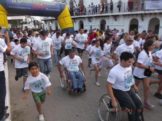 """""""La carrera de Miguel"""" reunió a más de 800 atletas"""