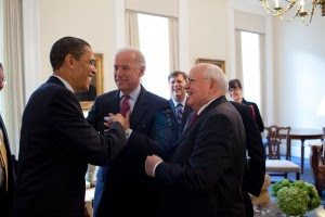 1280px-Barack_Obama_&_Joe_Biden_with_Mikhail_Gorbachev_3-20.09