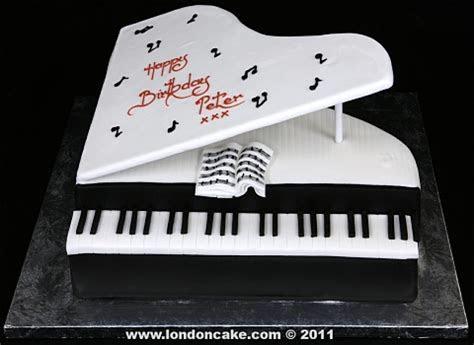 London Cake   Novelty Shaped cakes
