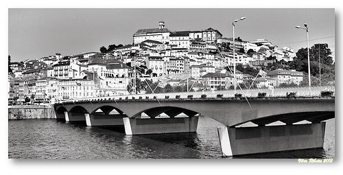 Coimbra b/w by VRfoto