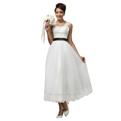 2016 New Special Occasion White Lace Cheap Bridesmaid