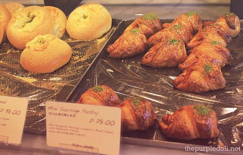 More Pastries at Tous Les Jours