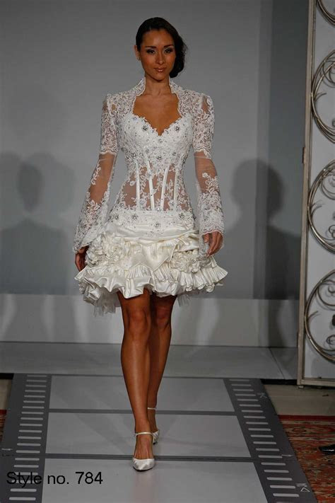 Pnina Tornai Style no.784 Would like it to be long and add