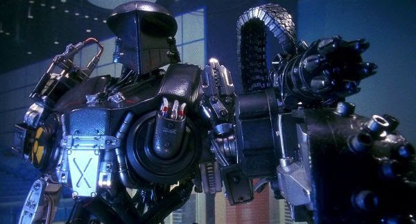 Cain prepares to open fire in ROBOCOP 2.