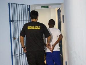 Irmão do goleiro está preso na Penitenciária de Altos (Foto: Ellyo Teixeira/G1)
