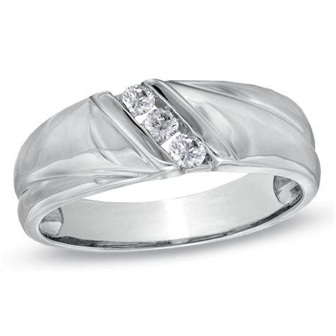 Men's 1/6 CT. T.W. Diamond Three Stone Slant Wedding Band