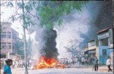 1730 year of first riot in Ahmedabad when a Hindu and a Muslim fought over one playing Holi and the other slaughtering a cow