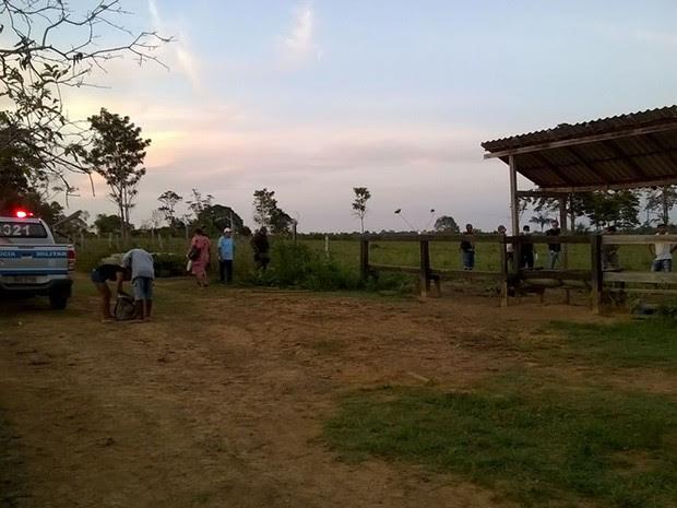 Corpo foi achado em uma fazenda distante aproximadamente 35 km (Foto: Polícia Militar de Mojuí dos Campos/Divulgação)