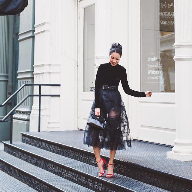 Càng cuối năm, street style của các quý cô Châu Á trông lại càng chất lừ và cực mãn nhãn - Ảnh 10.