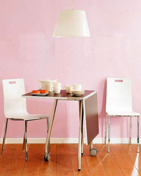 10 Ideas To Use Small Folding Tables On A Kitchen | Shelterness