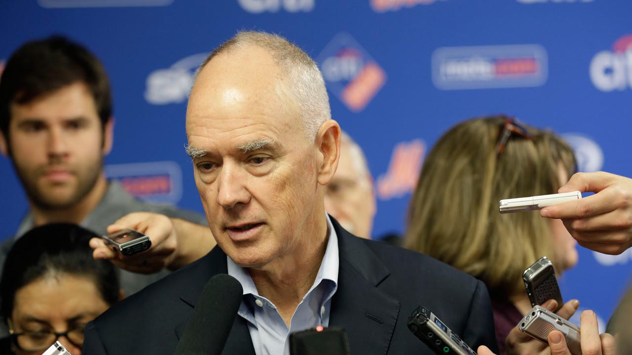 Diagnostican con cáncer al GG de los Mets Sandy Alderson