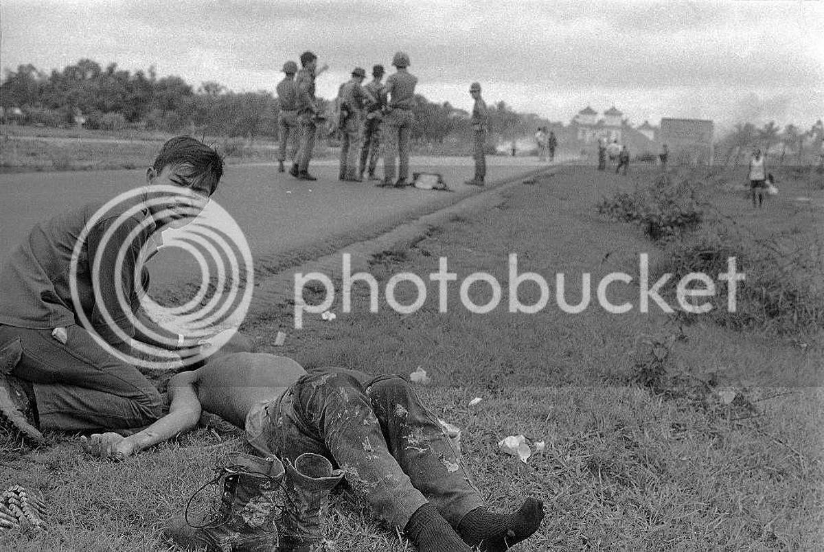 Anh de doi ve chien tranh Viet Nam cua Nick Ut (1) - Anh 1