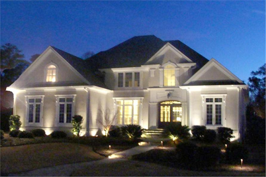 Luxury Texas Style Home with 4 Bedrooms 3353 Sq Ft