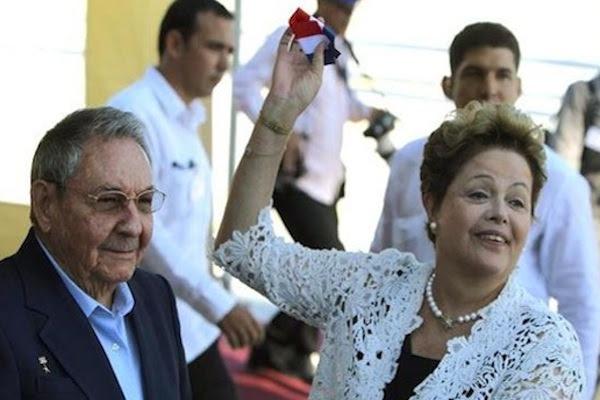 Raul y Vilma inauguran el Primer Muelle del puerto del Mariel