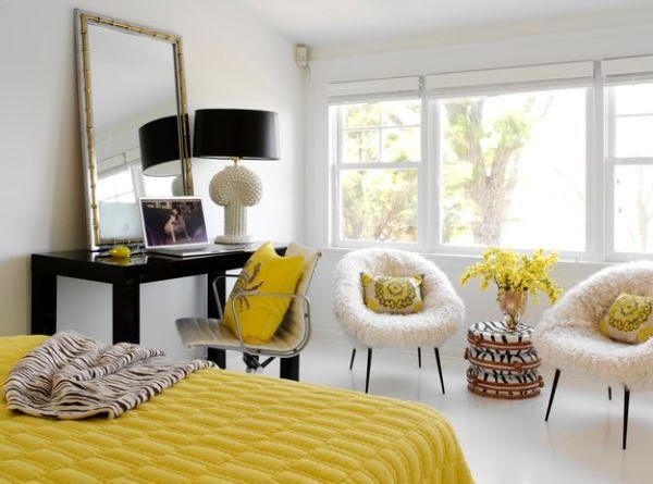 Sang trọng phòng ngủ màu vàng và trắng được một liên lạc của màu đen với phong cách chụp đèn tối Radiance: Chụp đèn Đen Đảm bảo Bold và đẹp nội thất với Phong cách
