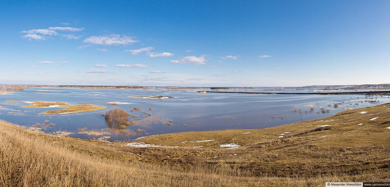 Разлив на Мокше (панорама)