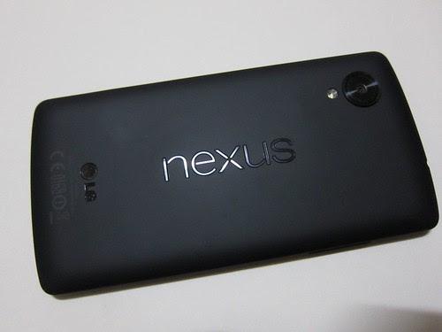 Nexus 5 機背