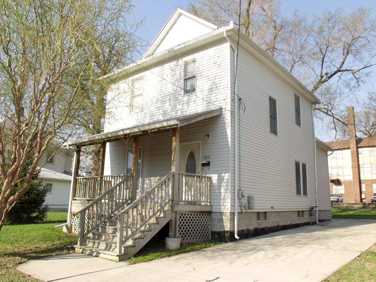 Des Moines, Iowa IA For Sale By Owner, Iowa FSBO Home in Des Moines IA, 8TH ST ForSaleByOwner