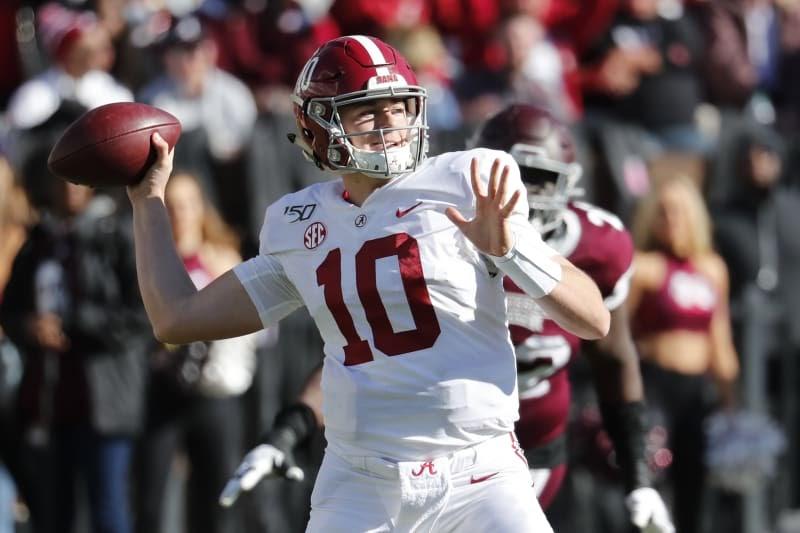 Mac Jones Why So Serious - Alabama S 2019 Spring Position ...