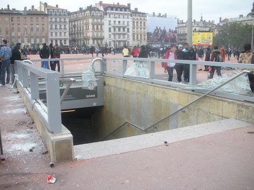Metro destroyed