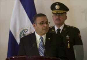En la imagen, el presidente de El Salvador, Mauricio Funes. EFE/Archivo