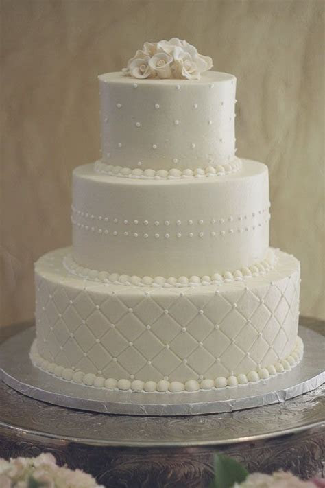 Pictures of simple wedding cakes: from 2011 to 2015