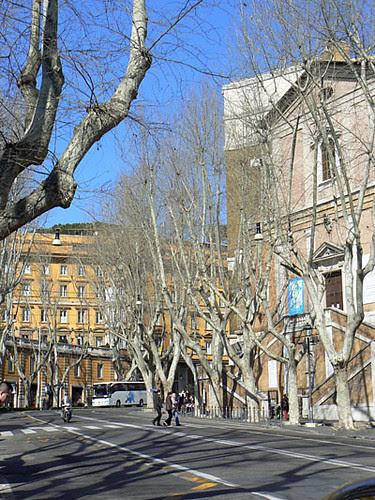 piazza barberini 2.jpg