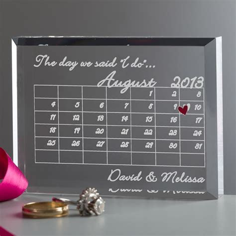 7 Sweet Anniversary Gifts for Him   Love