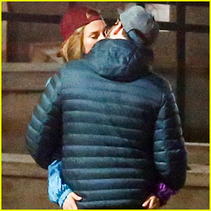 Charlize Theron Makes Out with Seth Rogen for New Movie