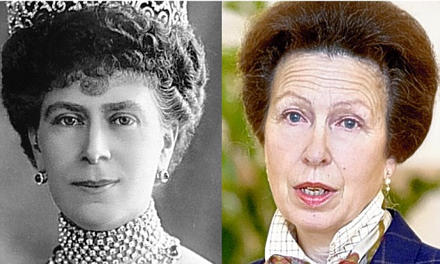 Queen consort Mary / Princess Anne