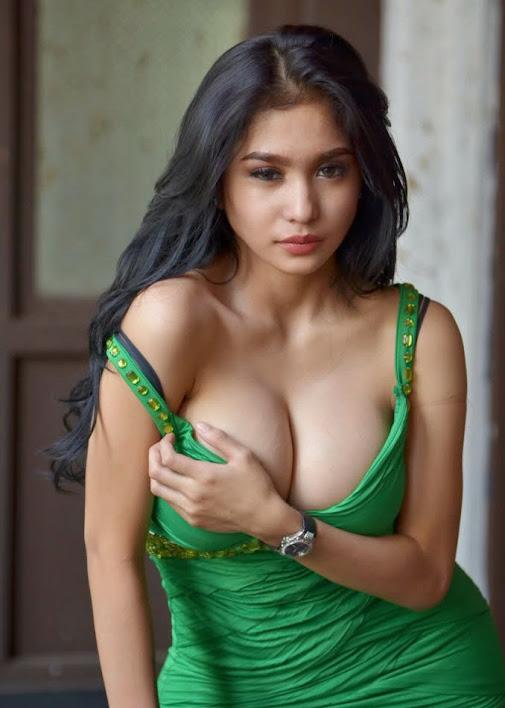 16 artis indonesia paling seksi di indonesia ada banyak