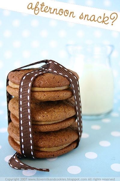 Molasses Sandwich Cookies
