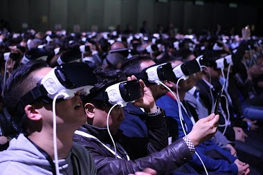 What Would Happen If You Were To Become a Living Virtual Reality?